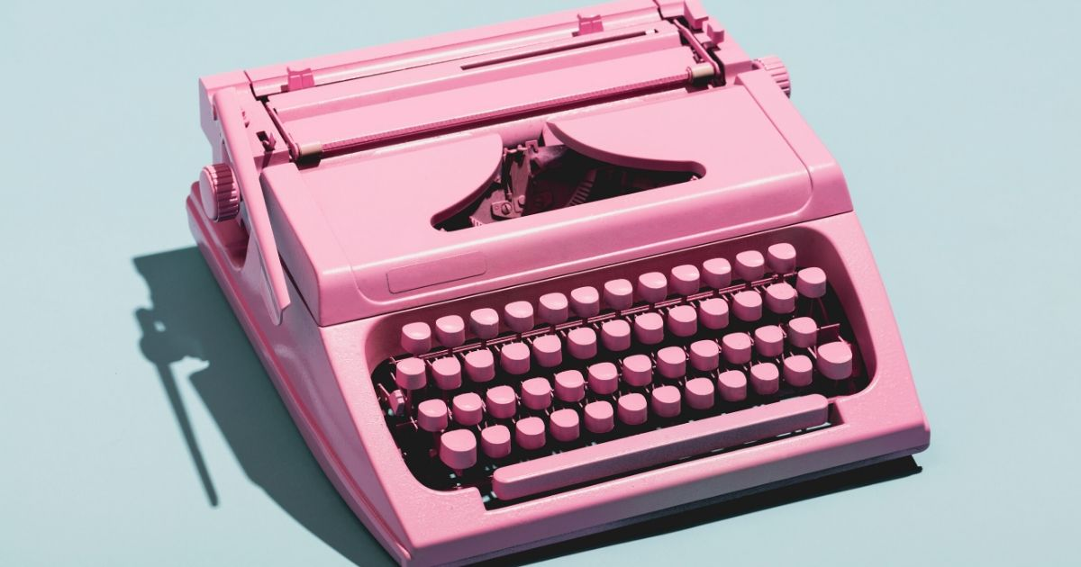 Pink typewriter on agilitycms.com