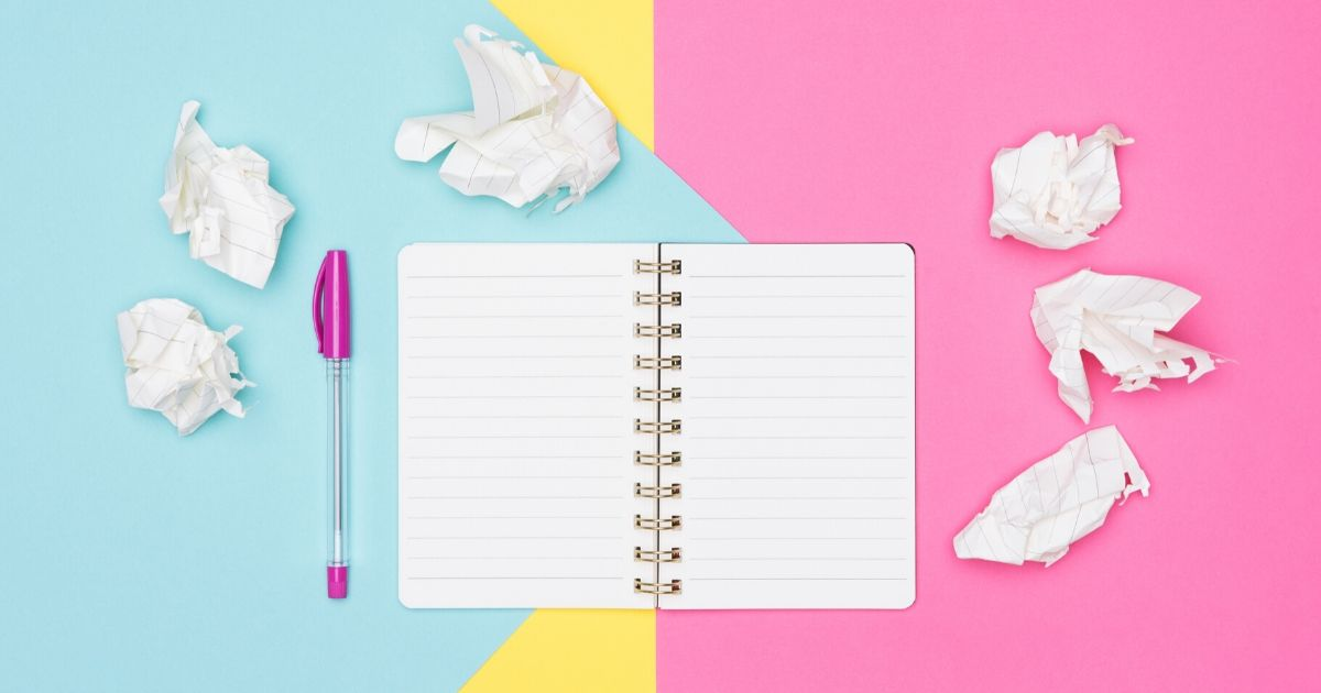 Notebook with colourful background on agilitycms.com